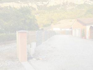MJS-Aménagement-extérieur-mur-en-gabion-et-palissade-bois-rhone-alpes