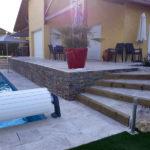 MJS-aménagement-extérieur-dallage-travertin-escaliers-Genas